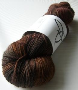 Black Trillium Fibre Studio - Merilon Sock - Cordovan